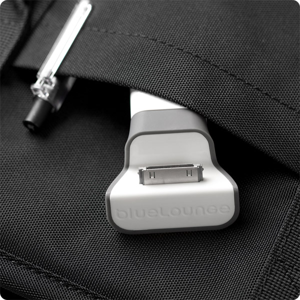 30-pin: Small and lightweight design travels with ease