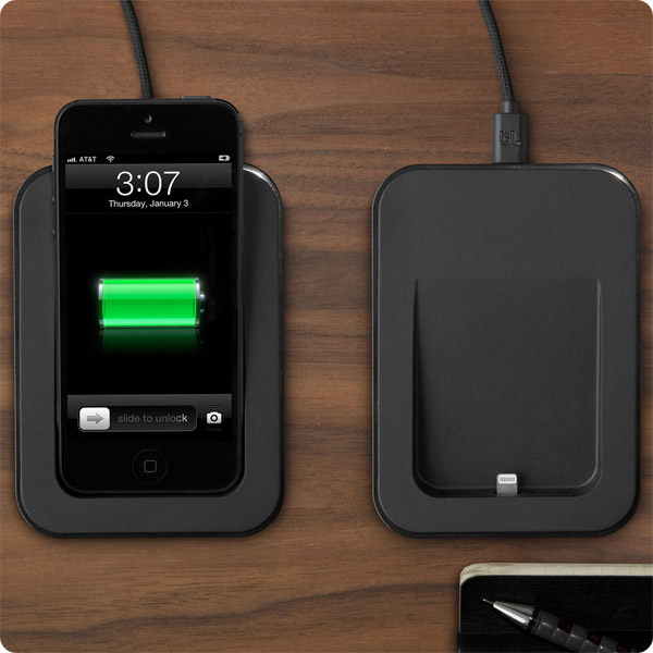 Lightning: With and without an iPhone 5 (Black)