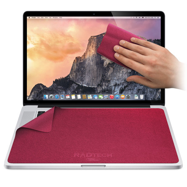 MacBook/MacBook Pro 13-17in: Fuchsia